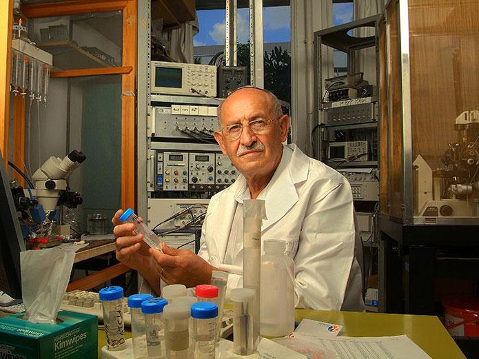 The College of Staten Island welcomes Israeli Biophysicist Meir Wilchek, PhD.