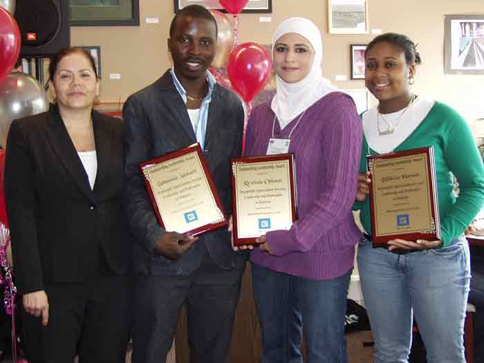 L-R: Miriam Perez-Lai with SEEK students Babatunde Adekanbi, Rewieda Othman, and Bilikisu Hassan.