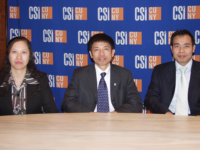 PTIT's Ms. Dinh Thi Thu Phong, Mr. Dang Van Tung, and Dr. Le Huu Lap on their recent visit to CSI